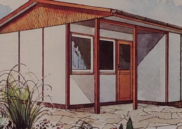 ddr bungalow typen gemtlicher urlaub vor den toren potsdams rolllden vom ddr bungalow in. Black Bedroom Furniture Sets. Home Design Ideas